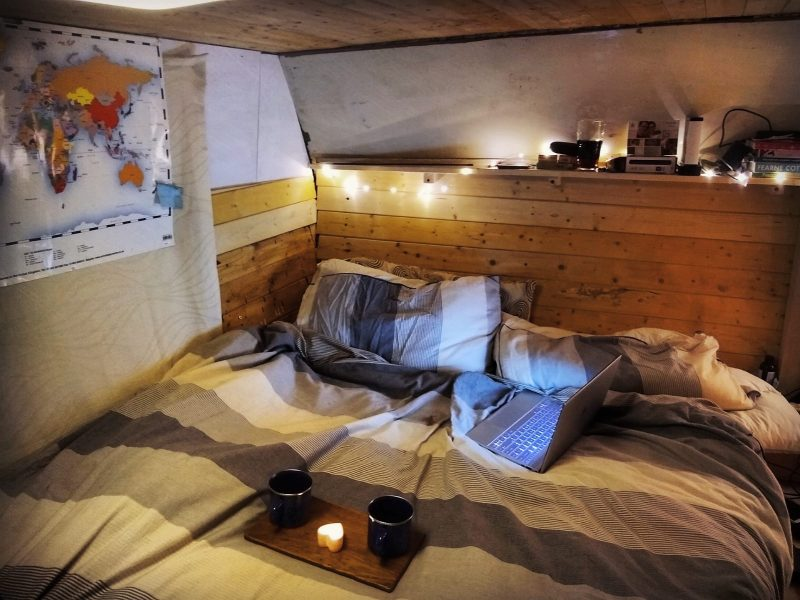 Boat life favourite-cosy bedroom