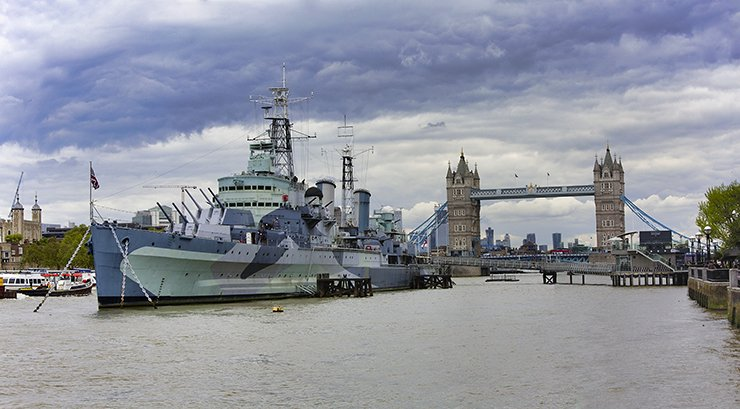 HMS BELFAST IN LONDON FOR 2 DAYS