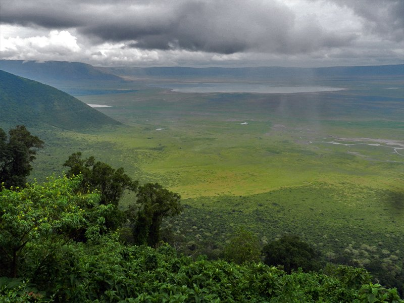 NGORONGORO - ONE OF THE BEST TANZANIA SAFARI PARKS