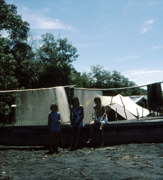 holiday in papau new guinea